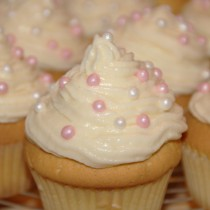 cupcake_rosa_weiss