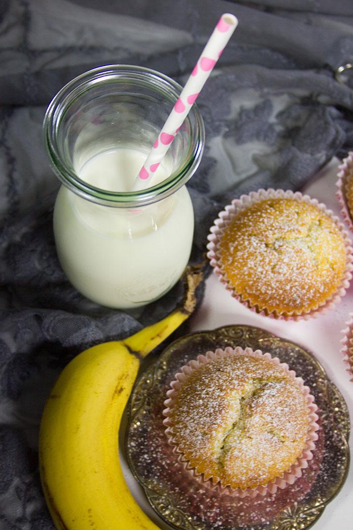 Bananen Muffins Mit Nutella Kern Rezept Verzuckert Blog De