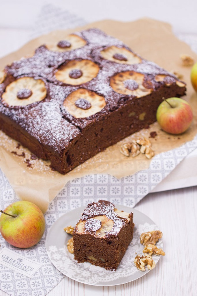 Apfel-Walnuss-Brownie
