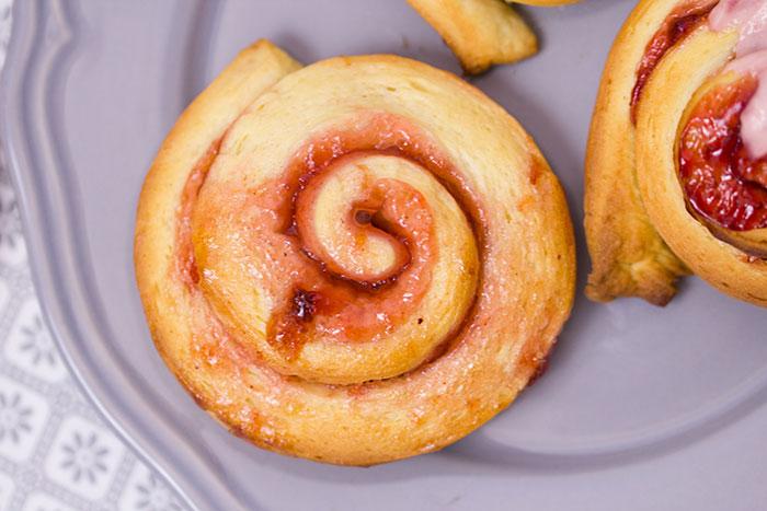 Marmelade-Schnecken-mit-Topping
