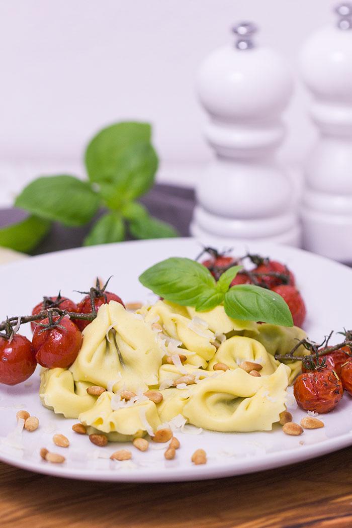 tortellini-mit-karamellisierten-tomaten
