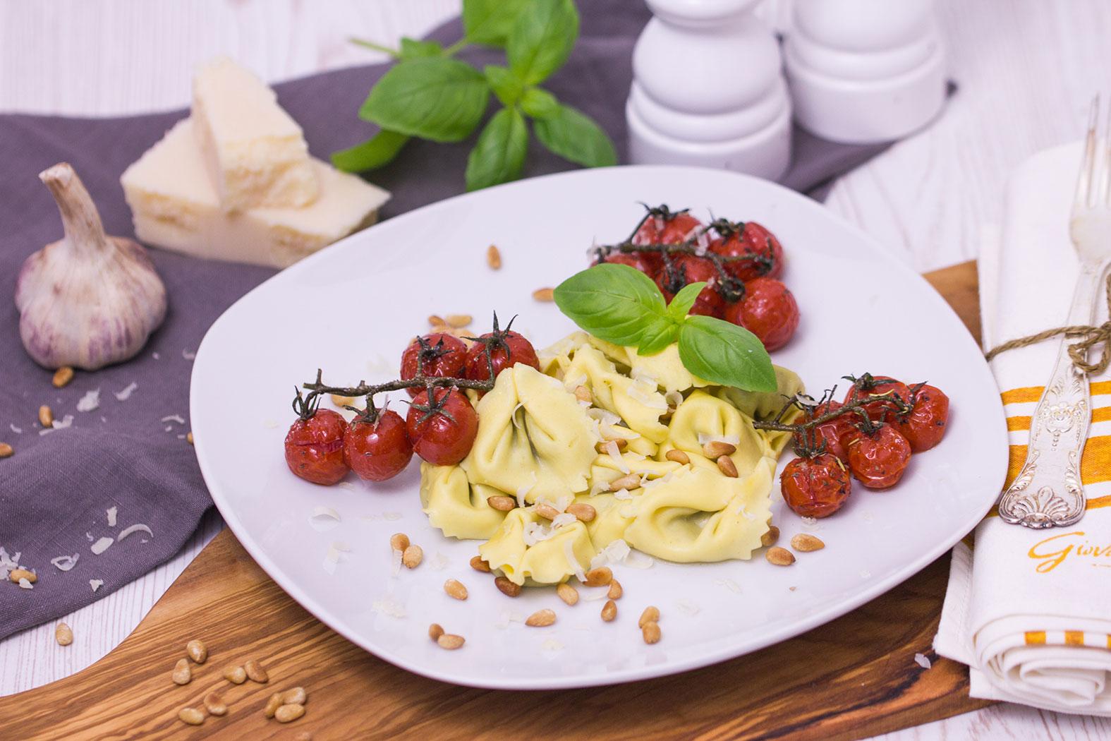 Tortellini mit karamellisierten Tomaten