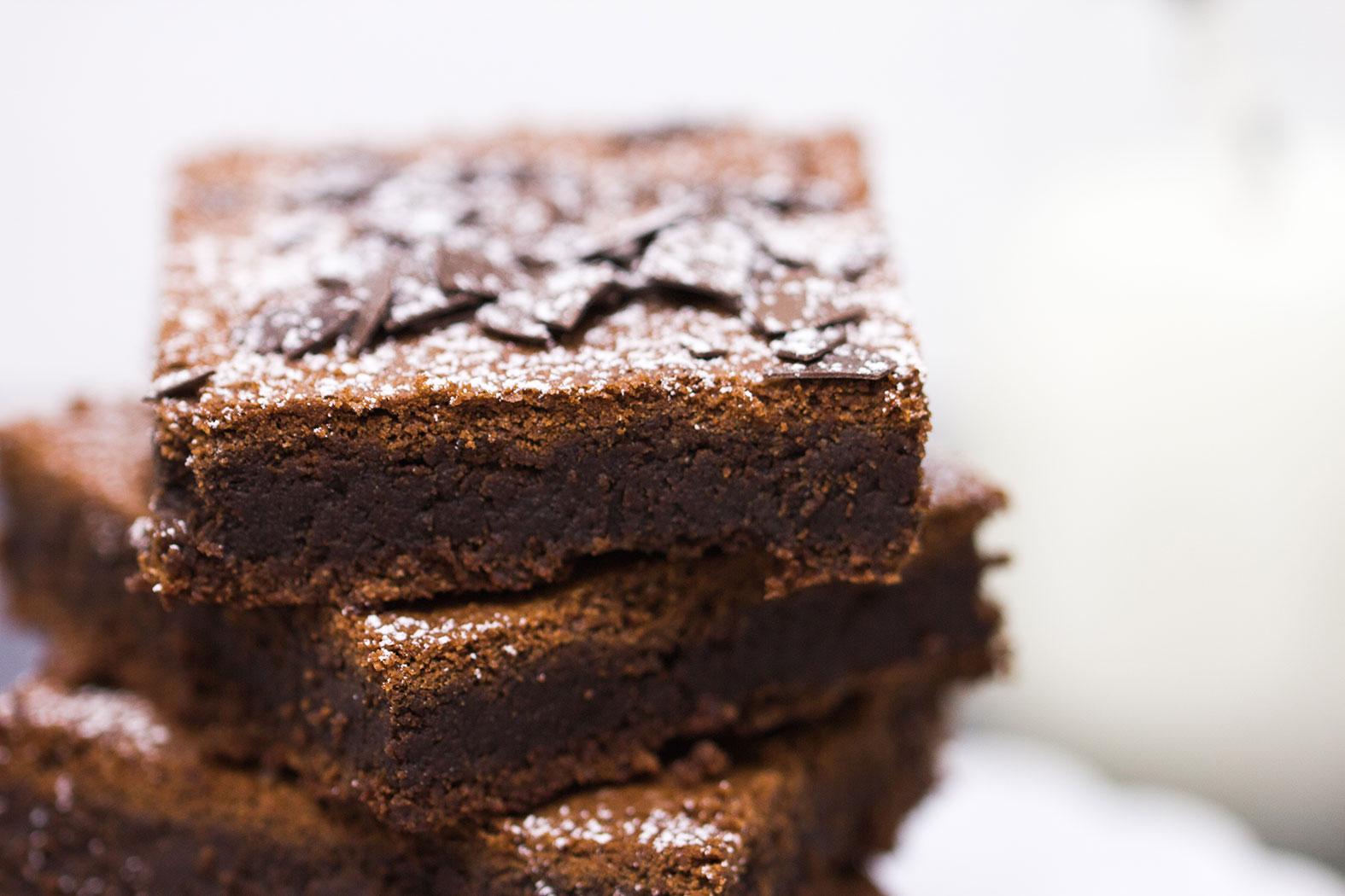 Brownies mit gerösteten Mandeln